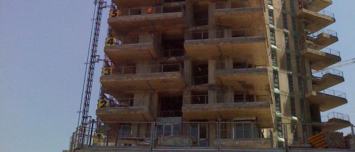 Controllo ultrasonoro su calcestruzzo - Palazzo in costruzione