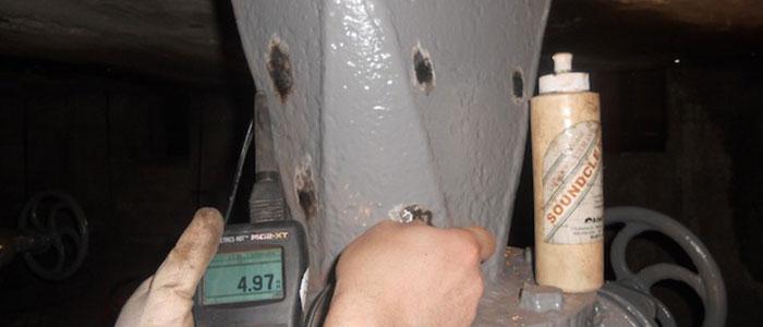 Controllo endoscopico - Controllo ultrasonoro su colonna in acciaio